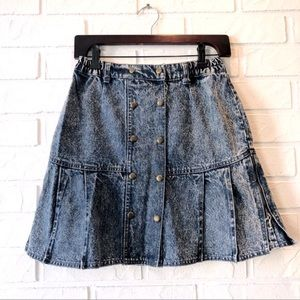 Vintage 80s acid wash mini skirt high waist pleats